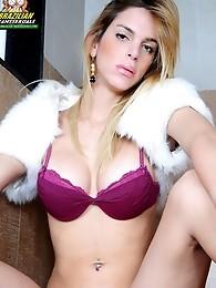 Tayra Oliveira