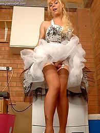 Modern Housewife