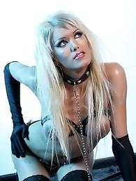 Glamorous tgirl Daniela posing her long stiff dick