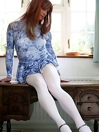 Tgirl Lucimay wearing long lucious white stockings