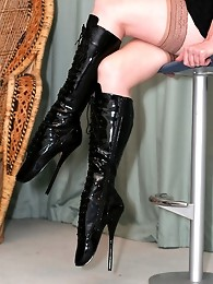 Lucimay wearing slutty fuck me boots and has her legs tied